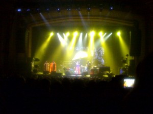 India.Arie letting loose!